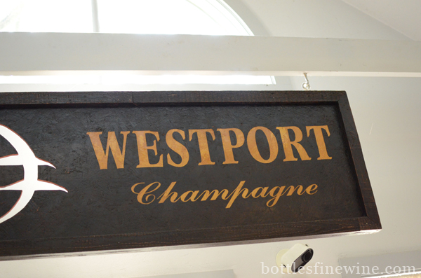 Westport Champagne