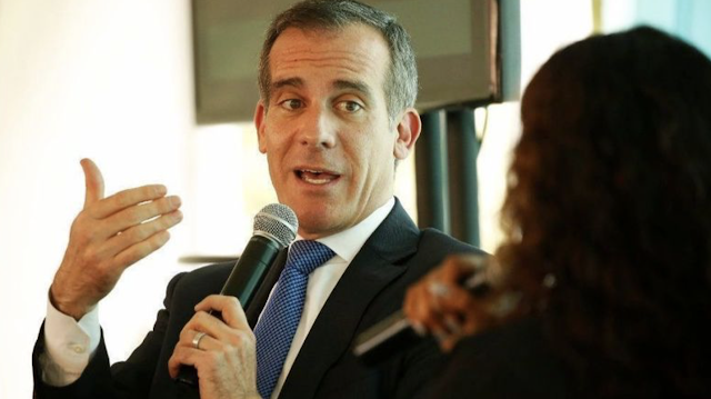 L.A. Mayor Garcetti's Green New Deal would phase out gas-fueled vehicles