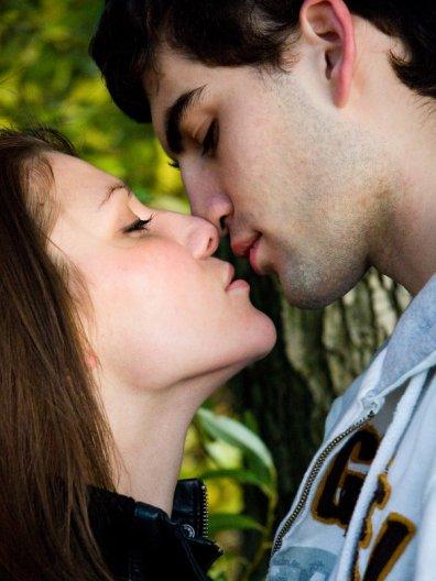 Kissing and romancing