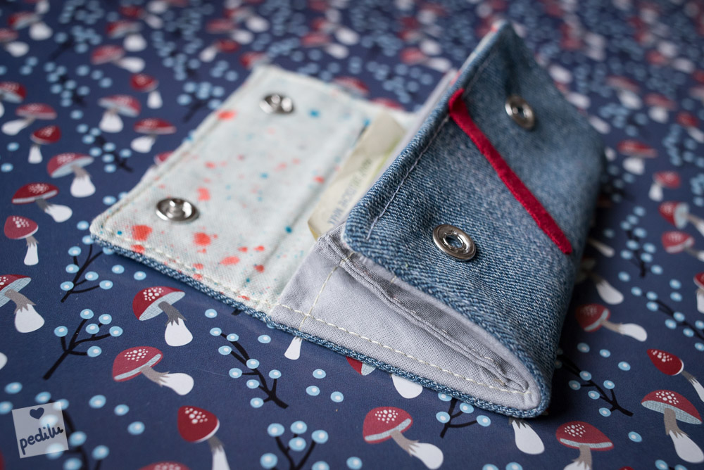 MiniMoneyBag als Monster (Jeans-Upcycling)