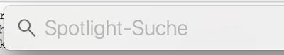 Geöffnete Spotlight-Suche unter MacOS. Vorn die Lupe dann der Text Spotlight-Suche.