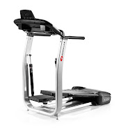Bowflex TreadClimber TC100, review features compared with TC200, speeds up to 4 mph, 4 programs, rear machine step platform