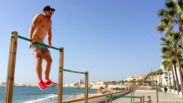 Muscle Up / Cadiz