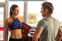 Alexandra Daddario and Zac Efron in Baywatch (2017) (19)
