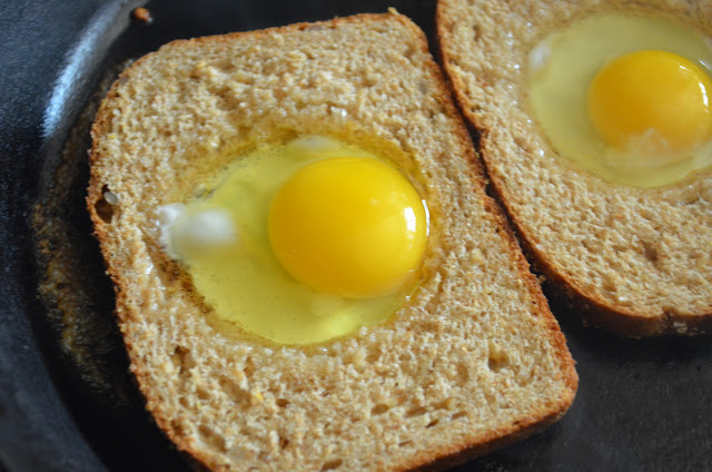 Eggs-In-A-Hole-Salt-Pepper-Eggs-Bread.jpg