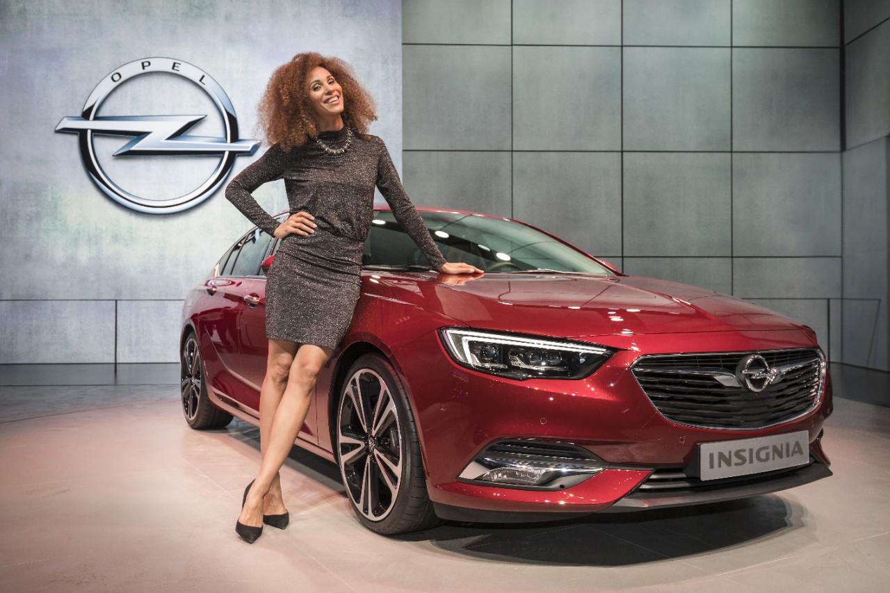 Παγκόσμια πρεμιέρα των Opel Insignia Grand Sport και Sports Tourer. Αρμονική συνεργασία: Παρουσίαση του Opel Crossland X που εξελίχθηκε με την PSA