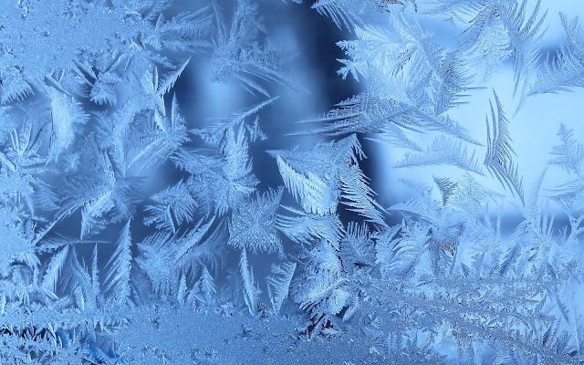 ijs op het raam