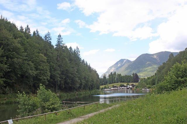 Riessersee Hotel in Garmisch-Partenkirchen - Seehaus - #Hochzeit #Garmisch #Bayern #See #Berge #Natur #wedding location #wedding venue #abroad #Bavaria #Riessersee