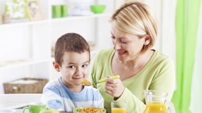 تعرف على تطبيق جديد يشجّع الأطفال على تناول الخضروات يوميًا