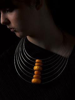 Afrika Amberinden Yapılmış Kolye