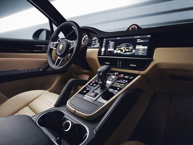 Porsche Cayenne 2019 - Interior