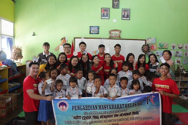 SMA Kristen Kalam Kudus Ajarkan Siswanya Tentang Pengabdian Masyarakat Lewat Live In