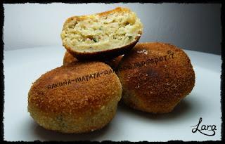 http://cucinaconlara.blogspot.it/2015/11/polpette-di-pane.html