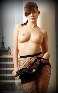 赤裸的黑发 - Anna%2BTatu-S02-005.jpg