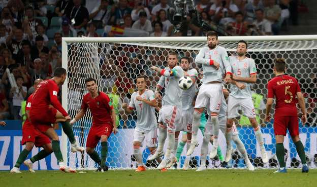 Ronaldo's hat trick lifts Portugal to 3-3 draw with Spain
