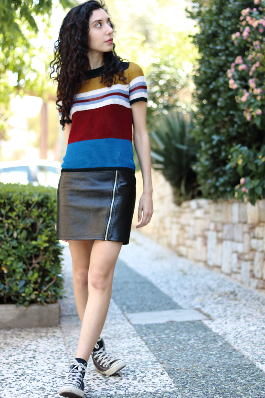 vinyl skirt for summer | bare legs | confidence boost | www.theblushfulhippocrene.blogspot.com |