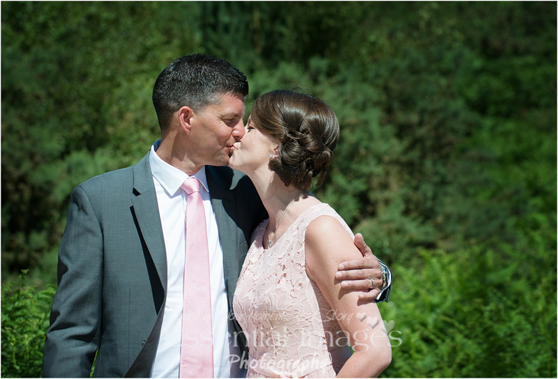 This lovely couple travelled to New Forest for their small intimate wedding