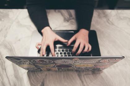 Perangkat Lunak untuk Mengakses Internet Komputer Jarak Jauh