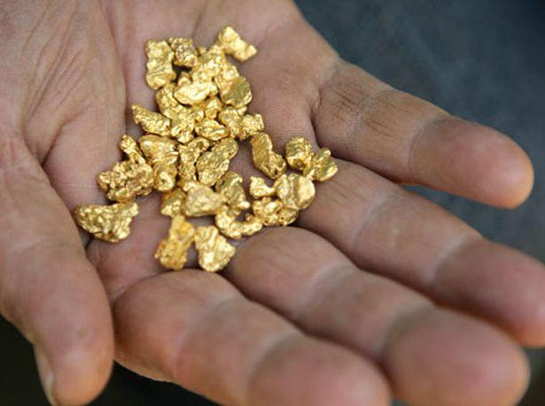 lelaki haram pakai emas, lelaki dilarang pakai emas, keburukan lelaki pakai emas, lelaki cincin emas, lelaki pakai cincin emas, lelaki haram pakai cincin emas, lelaki jangan pakai emas