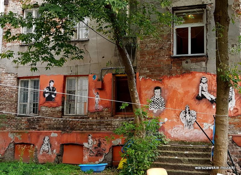 Warszawa Warsaw plac zabaw streetart graffiti Praga Północ praskie klimaty podwórko