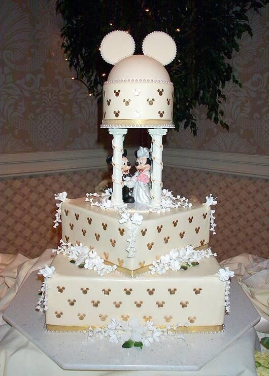 The Sensational Cakes Elegant White Mickey Theme Design