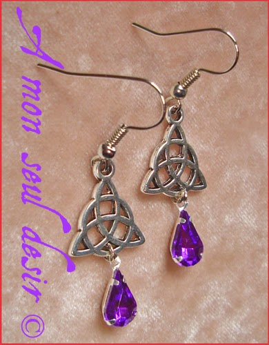 Boucles d'oreilles celtique celte triquetra viking irlande violet celtic knot irish earrings Rowena Purple