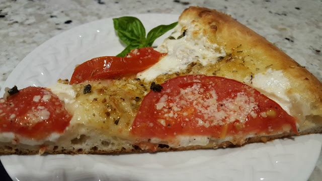 Fresh Tomato and Mozzarella Pizza