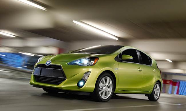 2016 Toyota Prius C Specifications