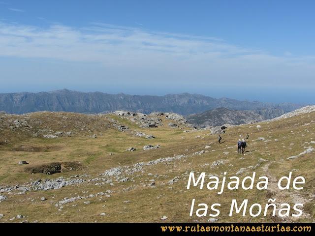 Ruta Peña Castil y Cueva del Hielo: Majada de las Moñas