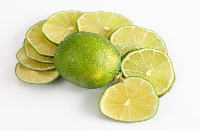Beberapa cara menghilangkan jerawat dengan jeruk nipis