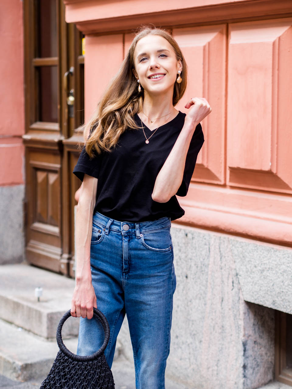 simple-everyday-outfit-scandinavian-fashion-blogger-minimalistic-chic