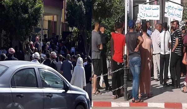 إحتجاجات ببلديتي سنجاس وبني راشد