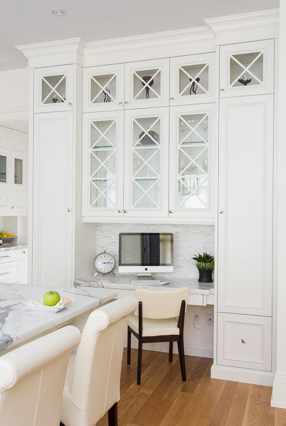 Coastal Style White Hamptons Style Kitchens