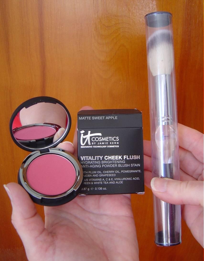 IT Cosmetics Vitality Cheek Flush Powder Blush Stain & French Boutique Luxe Blush Brush.jpeg