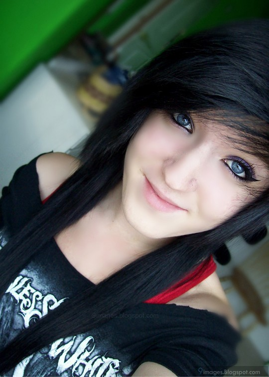 Emo Girl Cute Pretty Smile Vintage Beautiful