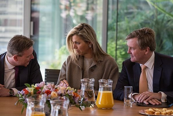 Queen Máxima wore a new Claes Iversen dress. China's President. Dutch Ambassador Ed Kronenburg and his wife Liliane Kronenburg