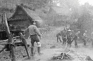 Kurosawa en el set de rodaje de Los siete samuráis