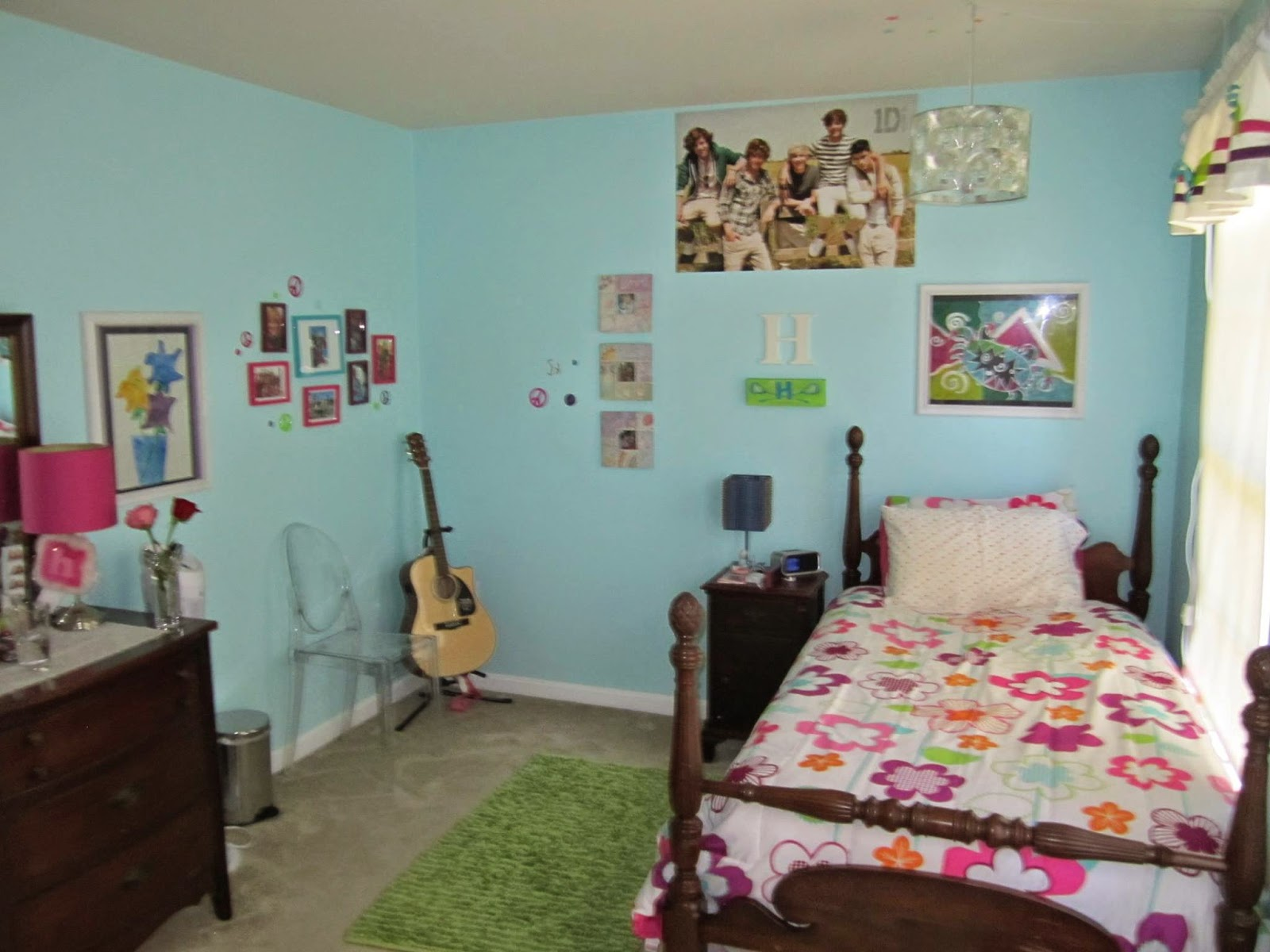 Here S The Room That Provided Wall Color Inspiration It A Pretty Aqua Blue