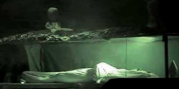 Jika Engkau Ingin Mengetahui Keadaanmu Di Dalam Kubur Nanti, Lihatlah Dadamu!