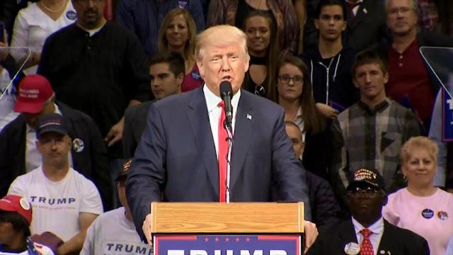 Trump y Clinton retoman ataques tras segundo debate presidencial
