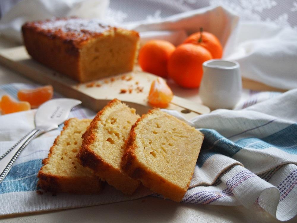 Plumcake al cioccolato bianco e mandarino