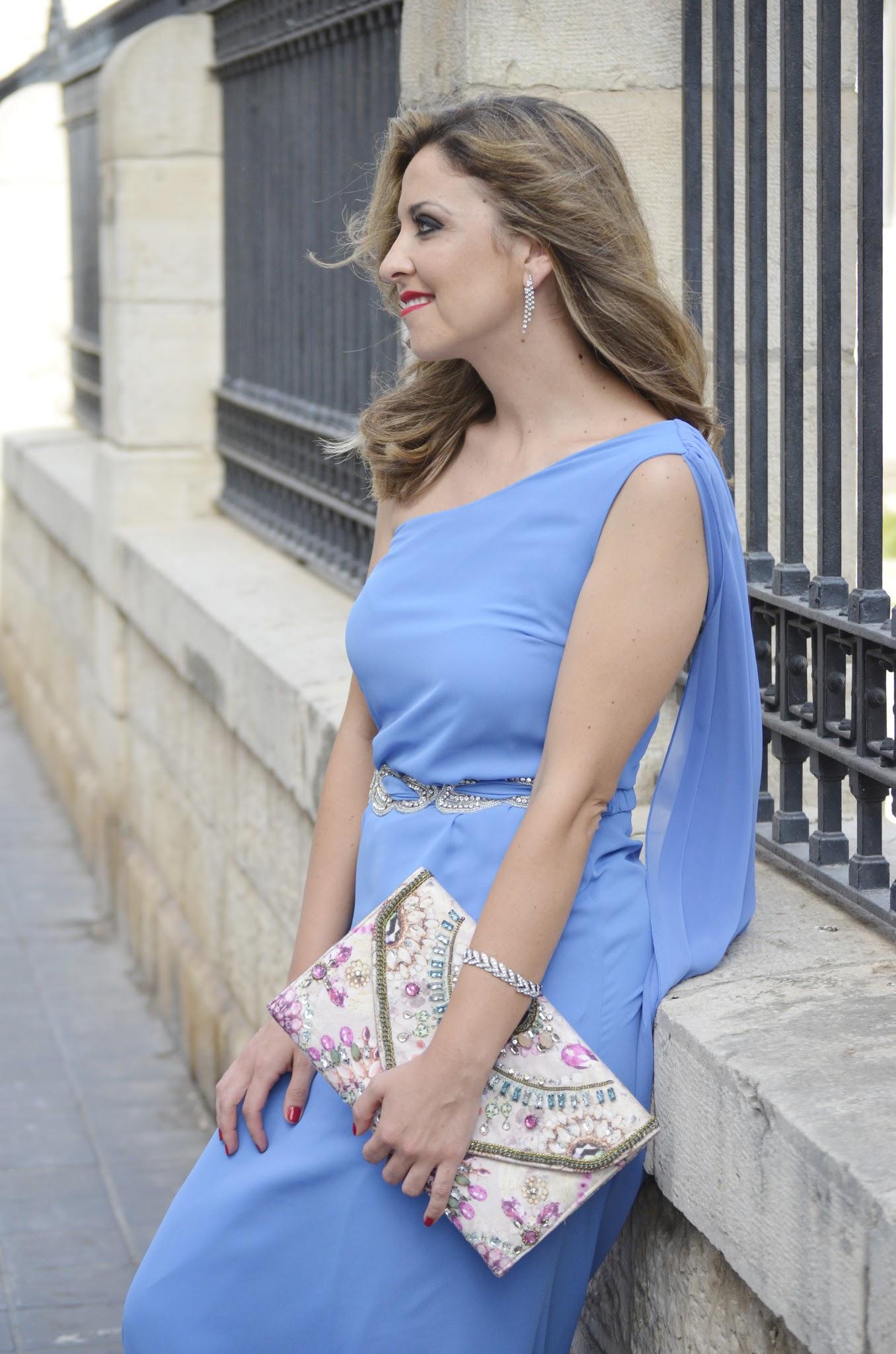 look_de_boda_la_invitada_perfecta_tarasessence