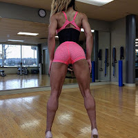 girls muscular calves