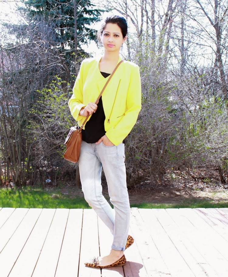 How to wear a Yellow Blazer, What to pair with Leopard Print Flats, Lace Blouse, Brown Bag, Everyday Outfit