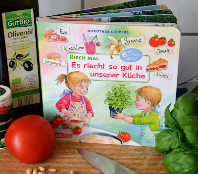 """""""Riech mal: Es riecht so gut in unserer Küche"""" von Dorothea Cüppers, Bilderbuch"""