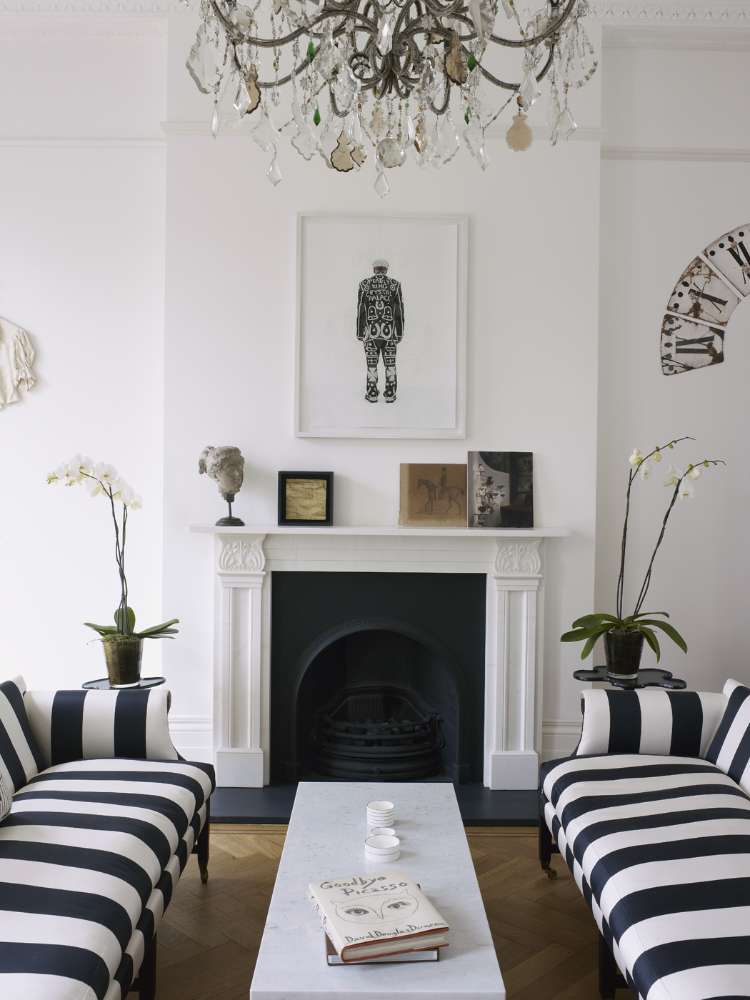 Decor inspiration a bright and modern 1840s london town for Home interior design london