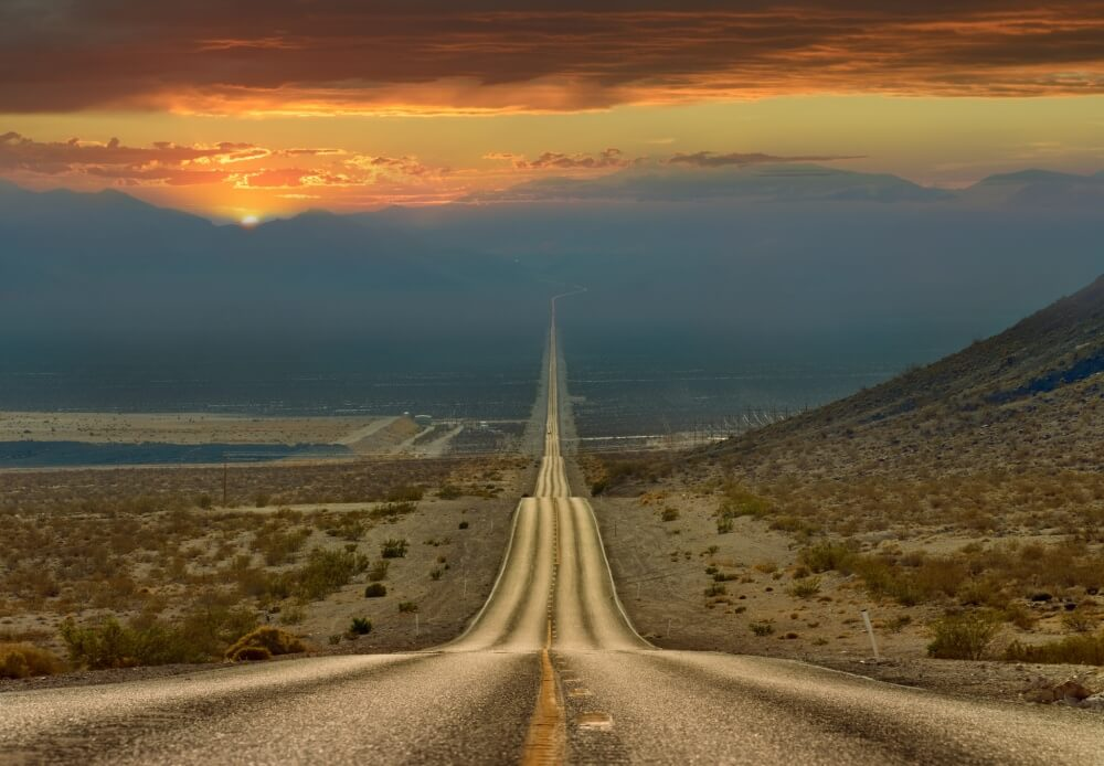 الطريق عبر وادي الموت
