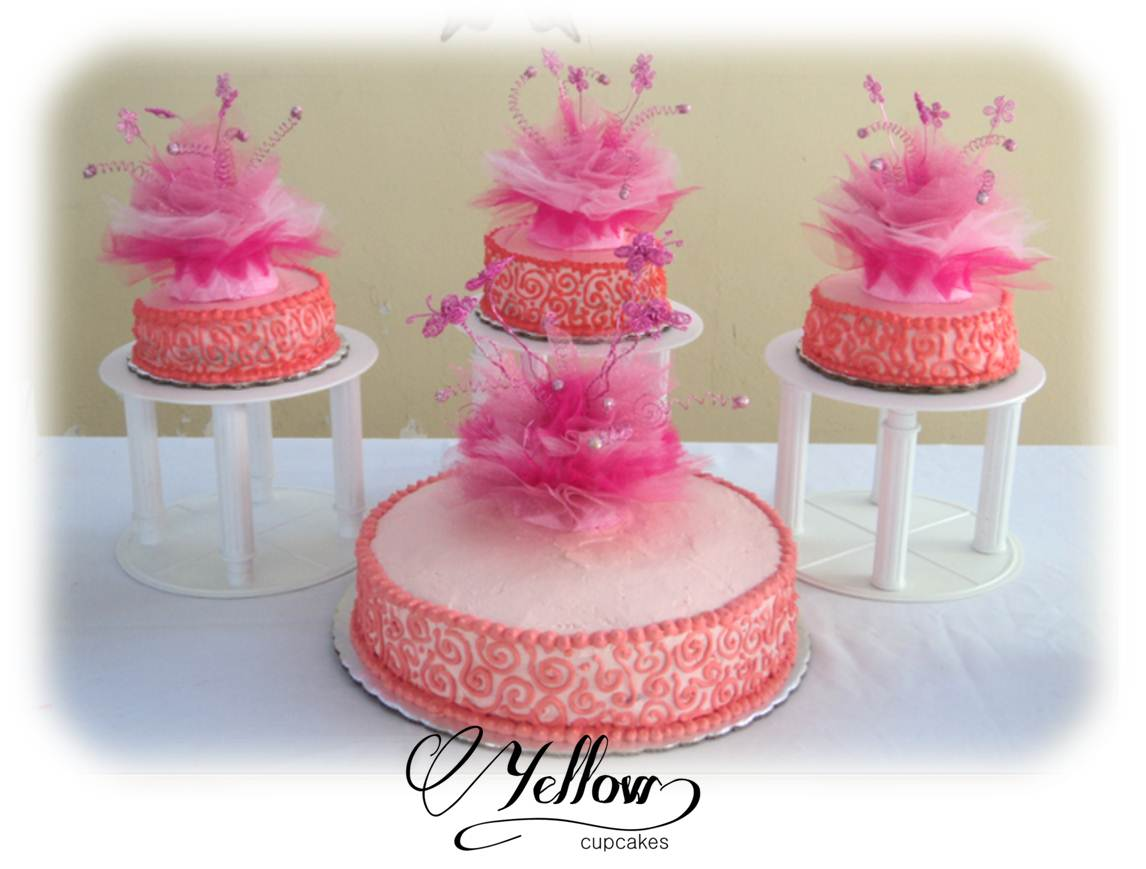 Yellow Cupcakes Pastel Para Xv A 241 Os De Merengue 2