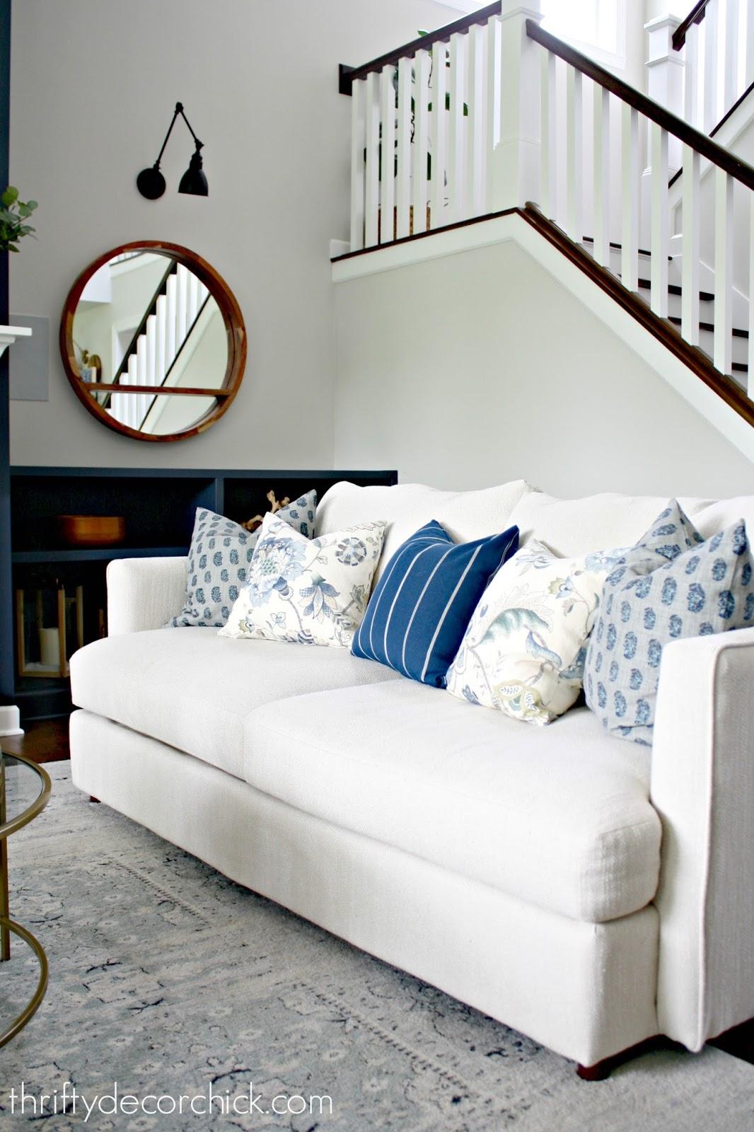 How to mix and match pillow fabrics