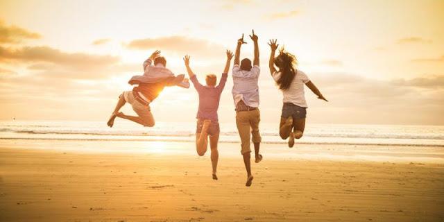 Έξι πράγματα που κάνουν οι ευτυχισμένοι άνθρωποι το πρωί